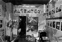 "Penny Lane's hair salon.Exhibition of work by Anno Dittmer.""Penny Lane is in my brain"". Berlin, 1983. Photo: Anno Dittmer"