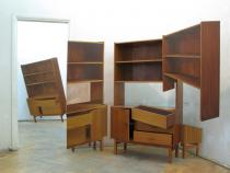Jan Mioduszweski, Desk, 2007, Shelf, 2008. Courtesy lokal_30, Warschau