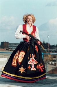 Grayson Perry, Claire as the mother of all battles, 1996 